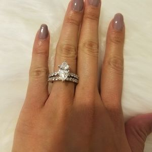 Jewelry - 💍Marquise Engagement ring set